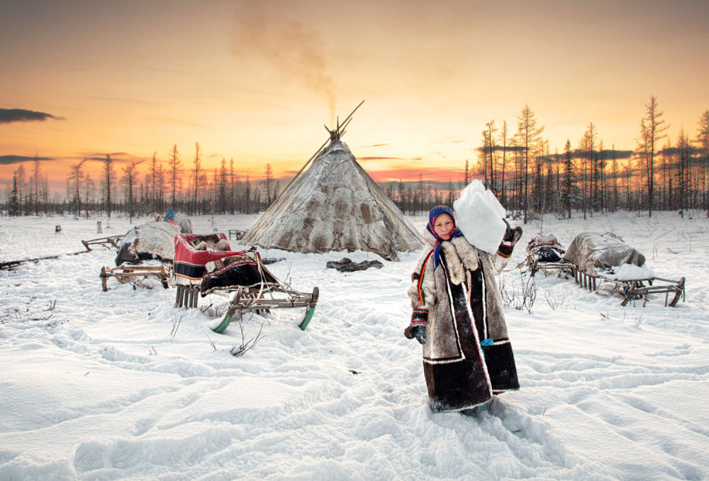 المصور الروسي أليكسي سولويف الفائز في فئة أثنى