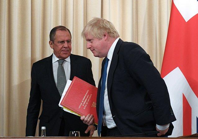 مباحثات وزير الخارجية الروسي سيرغي لافروف مع نظيره البريطاني بوريس جونسون في موسكو، 22 ديسمبر 2017