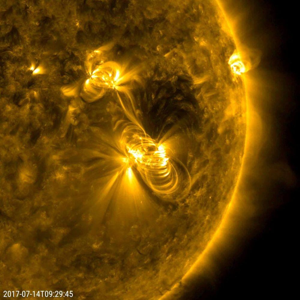 انفجار ضخم على سطح الشمس