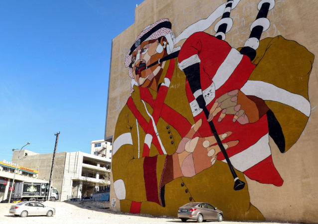 رسم غرافيتي في شوارع عمان، روسيا 18 ديسمبر/ كانون الأول 2017