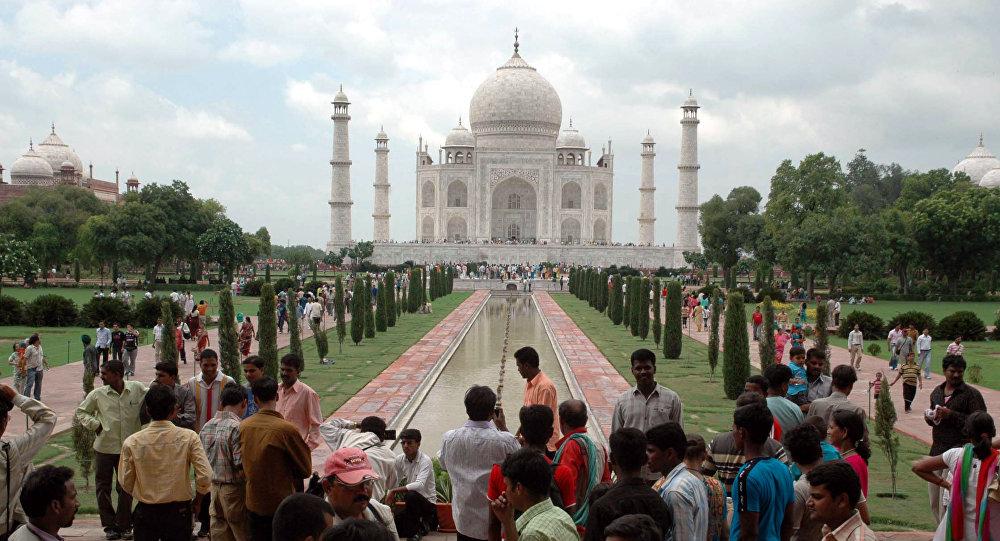 تاج محل في الهند