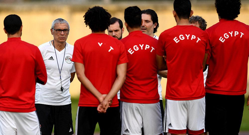 مدرب المنتخب المصري يستكمل قائمة اللاعبين ويؤكد أهمية مواجهة