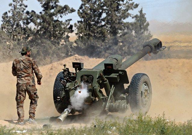 مدفع هاوتزر دي-30