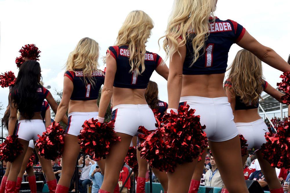 فتيات التشجيع Texans Cheerleaders