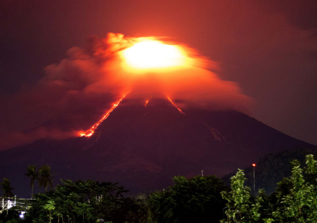 ثوران بركان مايون في الفلبين، 15 يناير/ كانون الأول 2018