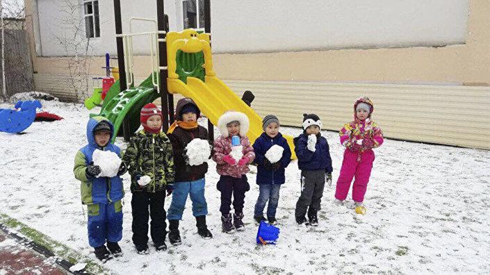 أطفال فيرا كريفوشابكينا، المربية في الروضة