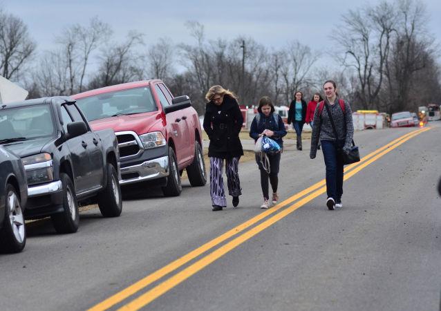 مكان حادثة إطلاق نار في مدرسة مارشال الثانوية في بنتون، كنتاكي، الولايات المتحدة 23 يناير/ كانون الثاني 2018