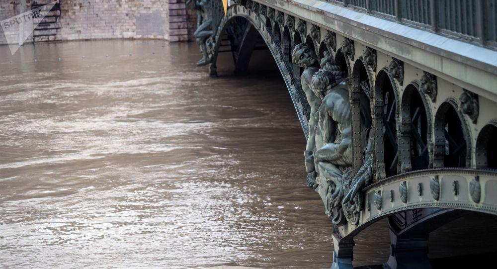 فيضان في باريس، فرنسا