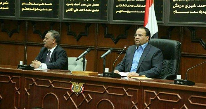 صالح الصماد في البرلمان اليمني في صنعاء
