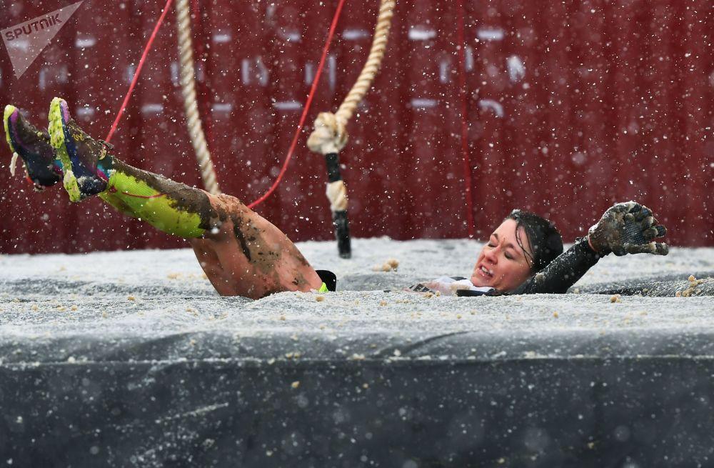 إحدى المشاركات في السباق الدولي سباق الأبطال في نيوربورغرينغ، ألمانيا
