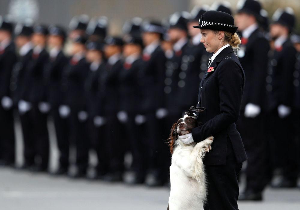 شرطية بريطانية في لندن