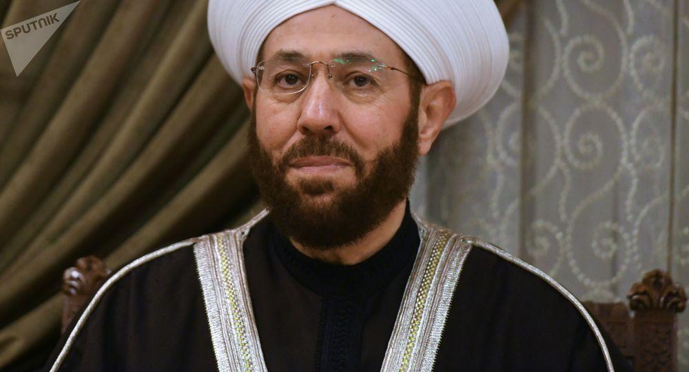 وفد من الشخصيات الدينية في روسيا يزور دمشق - توزيع المساعدات الإنسانية - مفتي سوريا أحمد بدرالدين حسون