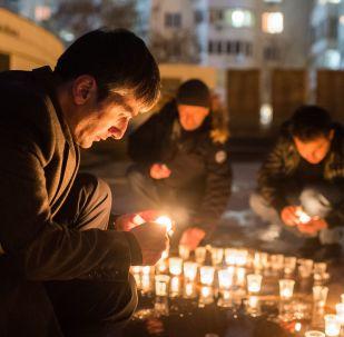 فعالية تكريم ذكرى طيار الطائرة الحربية الروسية سو-25 الذي قتل في سوريا - سيفاستوبل