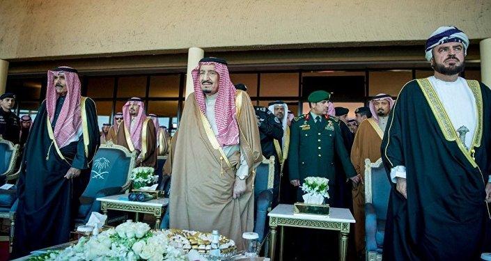الملك سلمان أثناء حفلة افتتاح المهرجان الوطني للتراث والثقافة في الجنادرية