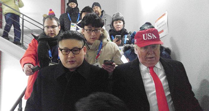 ممثلان كوميديان متنكران في صورة الرئيس الأمريكي دونالد ترامب وزعيم كوريا الشمالية كيم جونغ أون في افتتاح دورة الألعاب الشتوية في 9 فبراير/شباط 2018