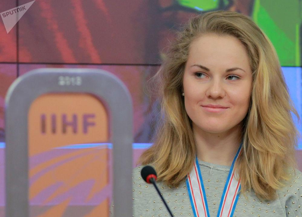 الروسية أنغيلينا غونتشارينكو (هوكي الجليد للنساء)