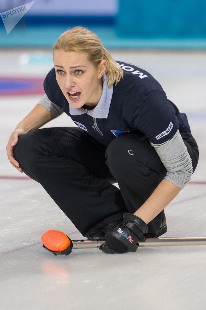 الروسية فيكتوريا مويسييفا (رياضة الكيرلينغ)