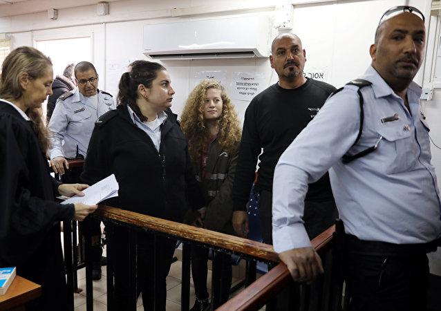 عهد التميمي في المحكمة