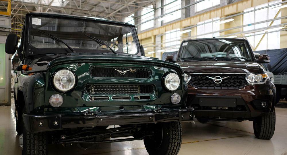 سيارات ماركة أو أ زي