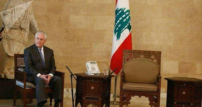 وزير الخارجية الأمريكي في بيروت ينتظر الرئيس اللبناني وحيدا
