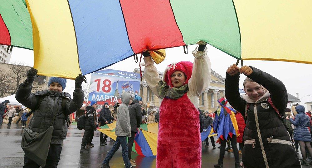 الاحتفال بعيد ماسلينتيسا في روسيا