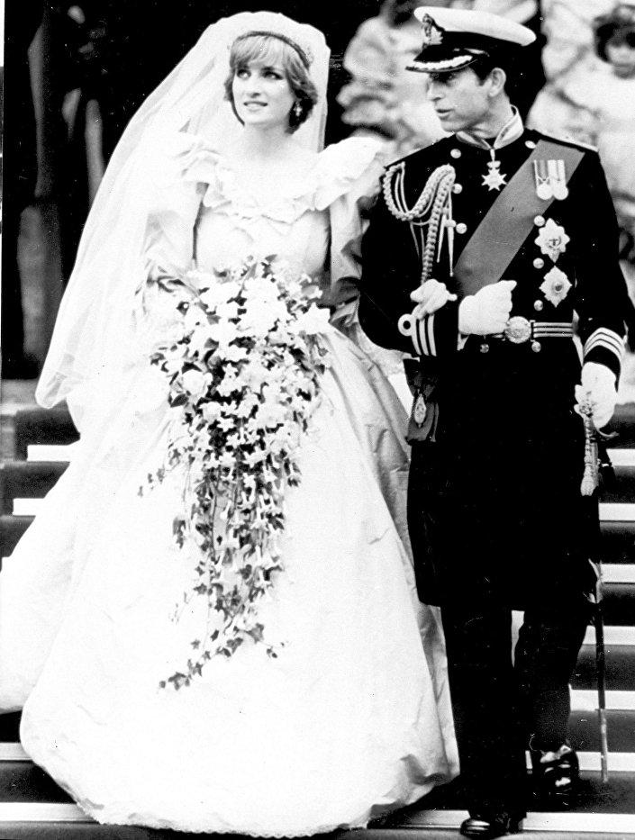 حفل زفاف الأمير تشارلز والأميرة ديانا 29في كتدرائية القديس بطرس في لندن، 29 يوليو/ تموز عام 1981