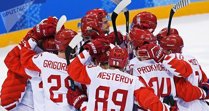 لاعبو الهوكي الروس يهزمون الفريق التشيكي في الألعاب الأولمبية لعام 2018
