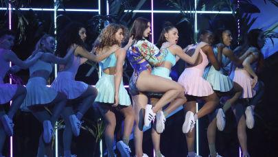 المغنية دوا ليبا خلال حفل توزريع جوائز بريت أوردز 2018 (Brit Awards 2018) في لندن، بريطانيا 21 فبراير/ شباط 2018