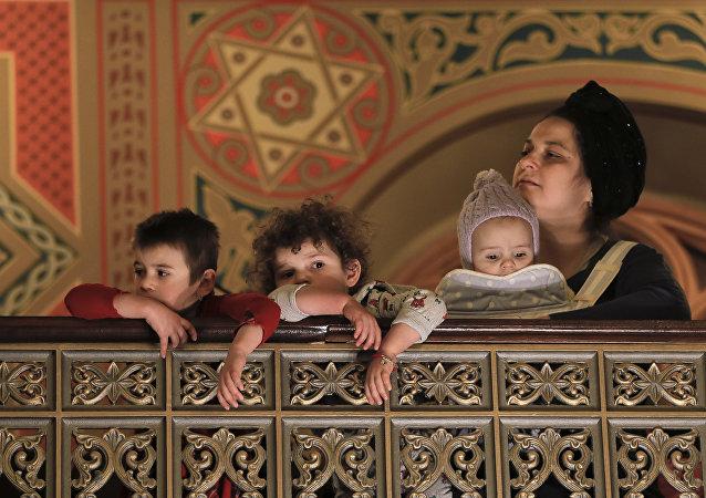 الاحتفال بعيد المساخر اليهودي