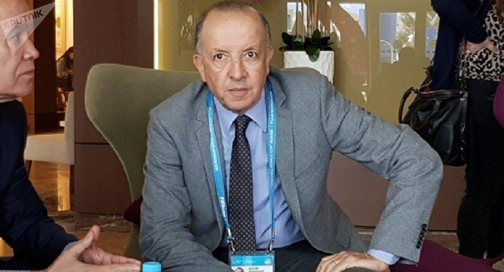 رئيس الوفد المغربي عبدالحميد الصوري المشارك في مؤتمر الاتحاد الدولي بكرة القدم فيفا المنعقد في مدينة سوتشي الروسية