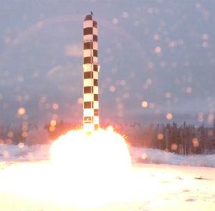 تجربة لصاروخ سارمات