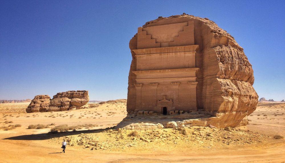 القصر الفريد في مدائن صالح، أكبر مقبرة أثرية غرب المملكة العربية السعودية