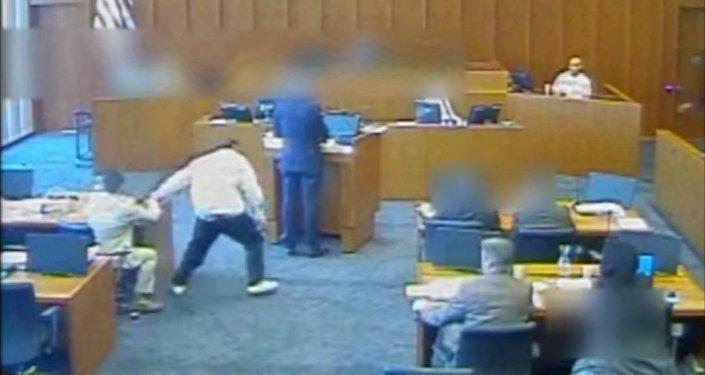 قتل متهم داخل المحكمة