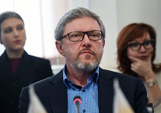 غريغوري يافلينسكي، قائد حزب يابلوكو (التفاح)، ومرشح من الحزب للانتخابات الرئاسة الروسية 2018