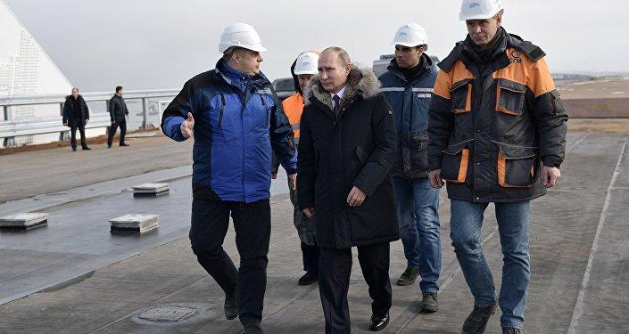 الرئيس الروسي فلاديمير بوتين في القرم
