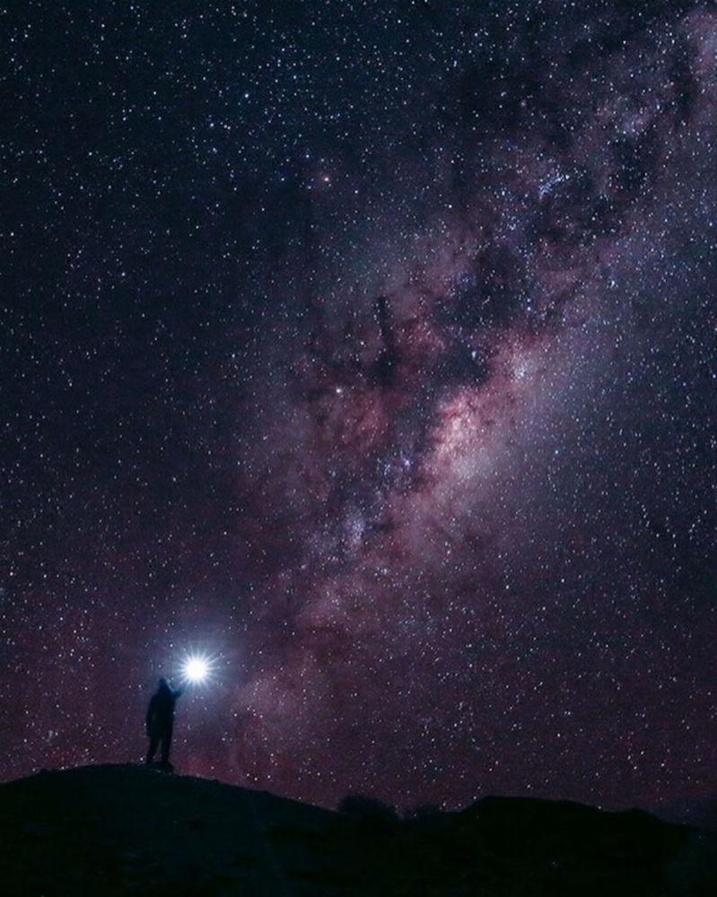 صورة للسماء في جنوب أفريقيا لمشروع تصوير بعيدا عن البيت