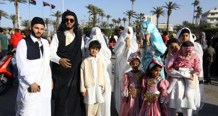 المشاركون في المهرجان الوطني للزي التقليدي في طرابلس، ليبيا 13 ماري/ آذار 2018