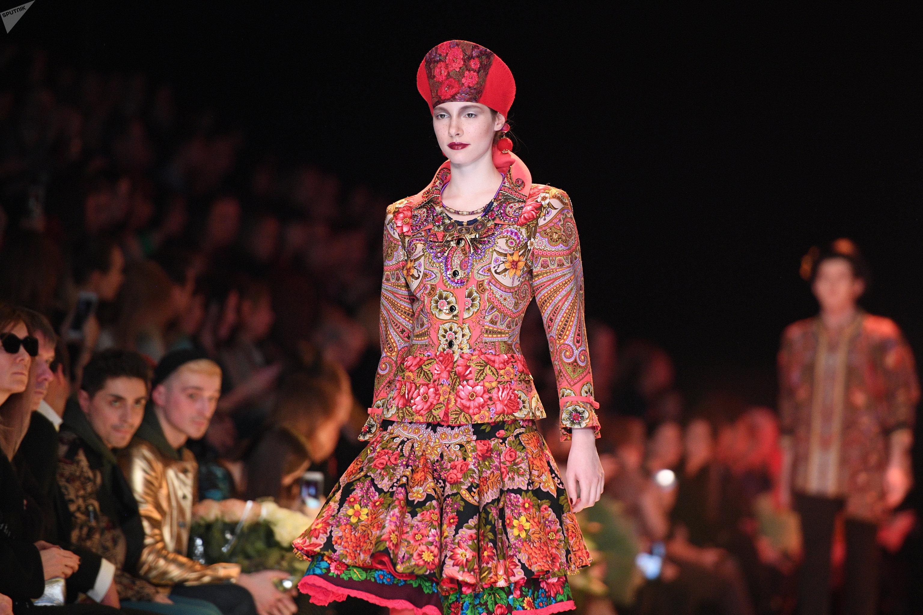 أسبوع أزياء مرسيدس-بنز روسيا