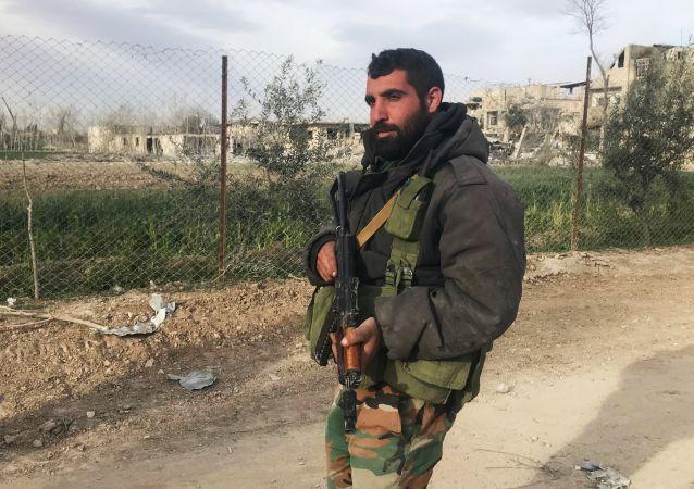 قوات الجيش السوري قبل بدء عملية تحرير حمورية في الغوطة الشرقية، سوريا