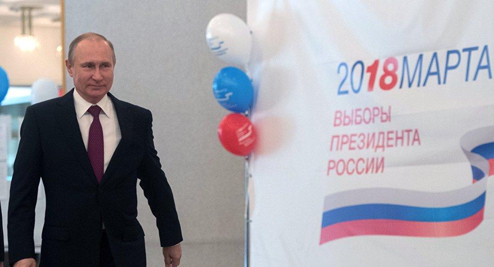 بوتين يشارك في الانتخابات الرئاسية الروسية