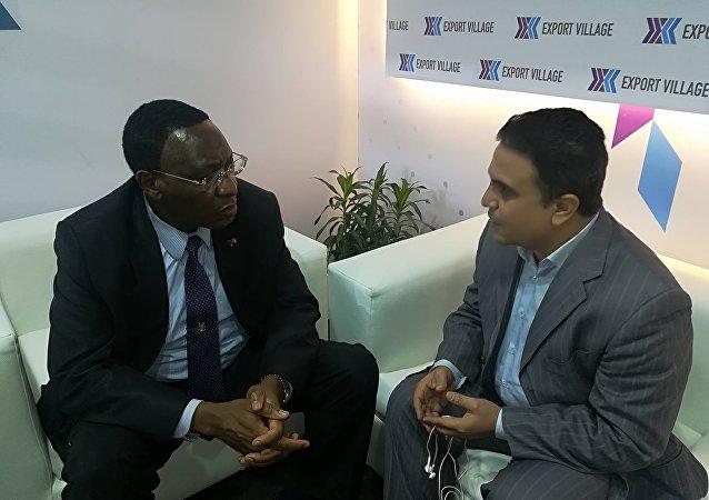 السفير الكاميروني في القاهرة محمدو لبرنغ عميد السفراء الأفارقة