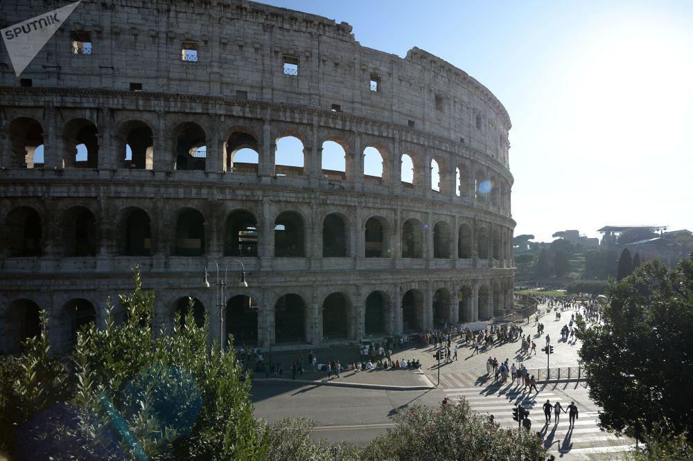 كولوسيوم في روما، إيطااليا