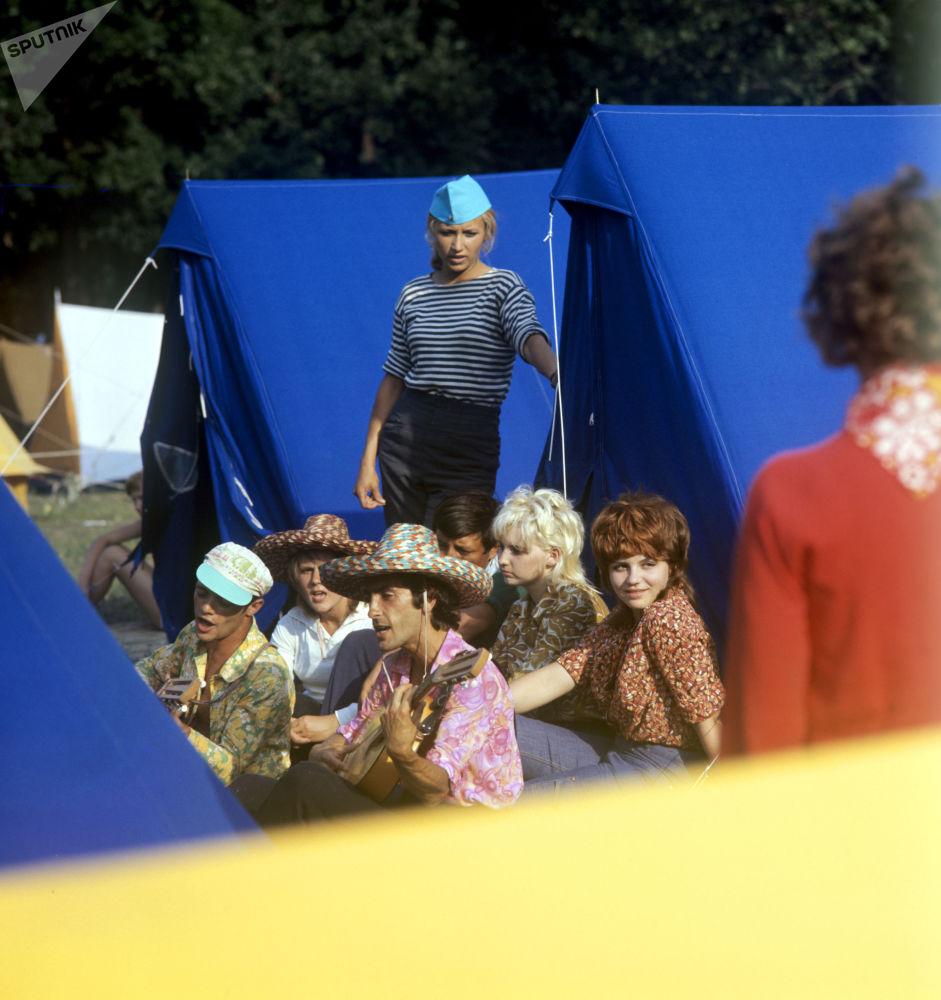 مهرجان أغنية السياح، عام 1976