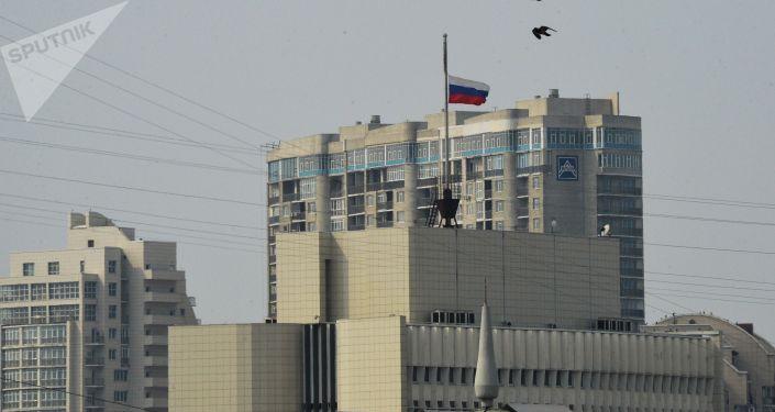 إنزال العلم الروسي في كيميروفو، روسيا 27 مارس/ آذار 2018