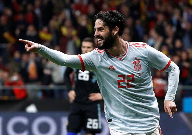 إيسكو نجم ريال مدريد والمنتخب الإسباني