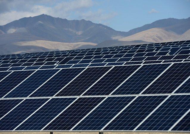 إنتاج الكهرباء باسخدام الطاقة الشمسية