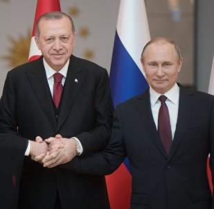 الرؤساء الروسي فلاديمير بوتين والتركي رجب طيب أردوغان والإيراني حسن روحاني