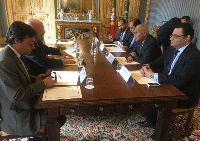 أحمد أبو الغيط، الأمين العام لجامعة الدول العربية إلى البرتغال، مع وزير الخارجية البرتغالي