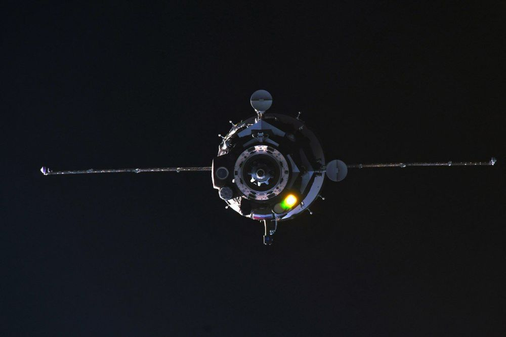 سفينة سويوز إم إس-08 تجوب الفضاء أثناء الإلتحام مع محطة الفضاء الدولية، 23 مارس/ آذار 2018