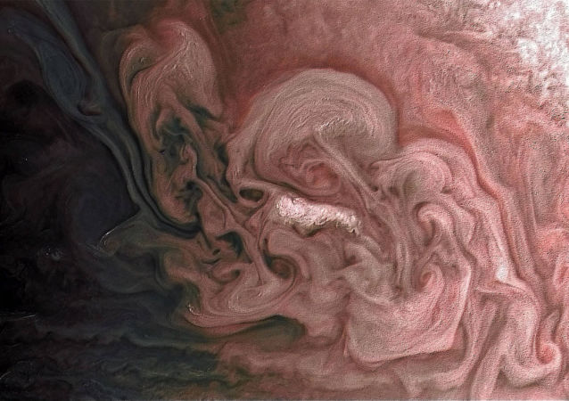 صورة مقربة لعاصفة في شمال كوكب المشتري